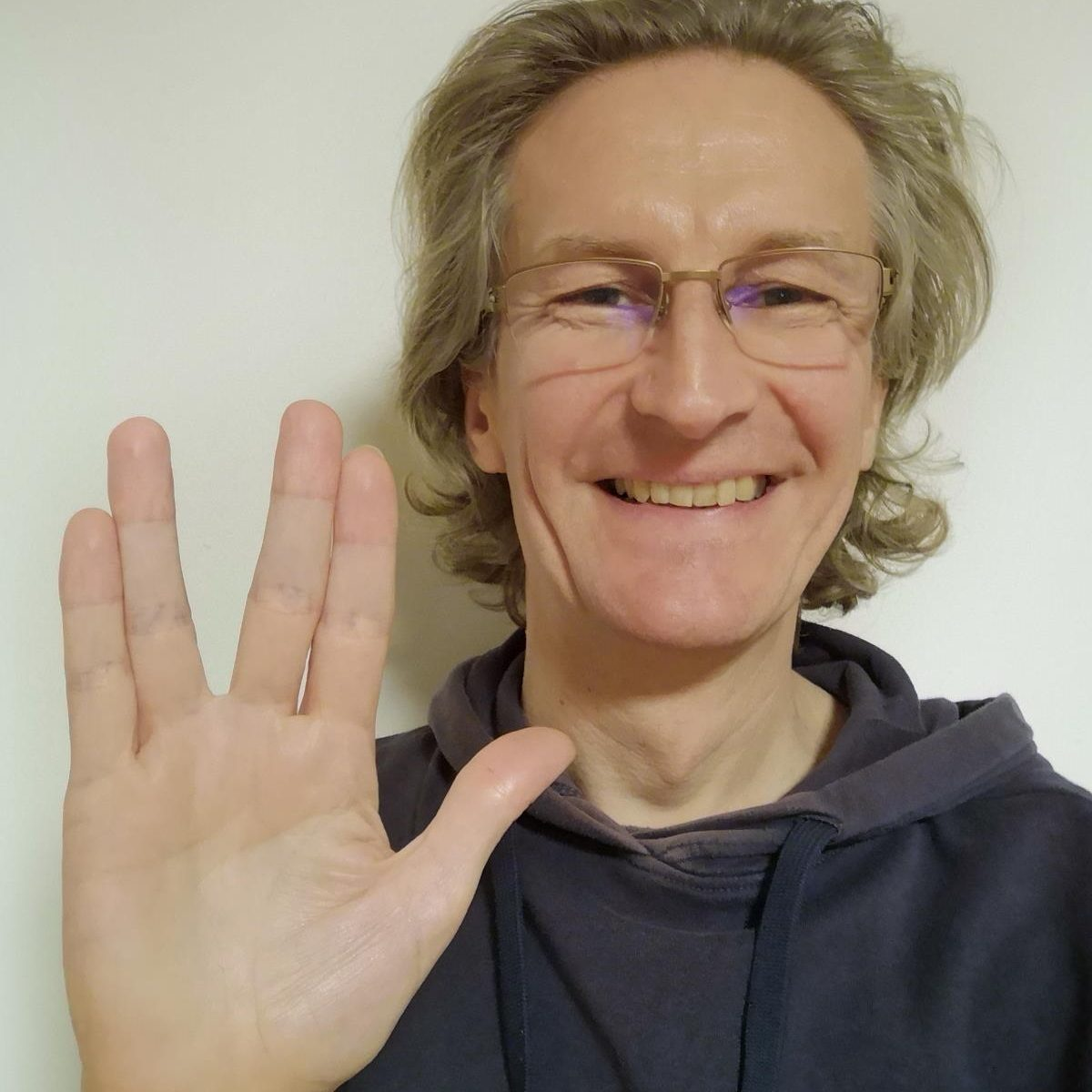 Live long and prosper - Shalom aleichem - Salaam alaykum - peace be upon you - Möge die Macht mit uns allen sein